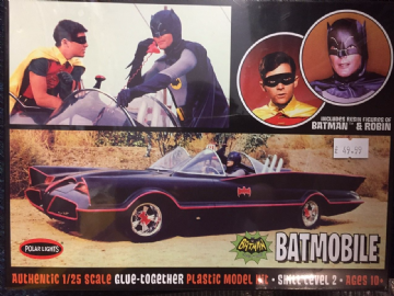 Polar Lights POL920/12 - Batmobile (Classic TV Series) New (1:25) Kit